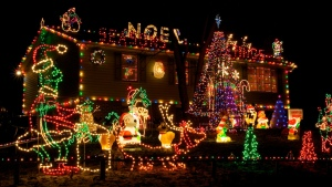 fiedler-house-christmas-lights-1
